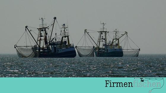 2 Fischkutter zur Illustration von B2B-Marketing auf Firmenfischen.com